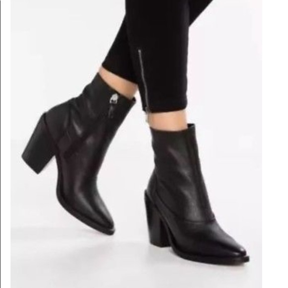 Topshop May Leather Sock Booties Size 6